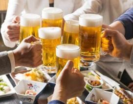 """Dân Việt giàu lên, giới kinh doanh đồ uống, thực phẩm """"hốt bạc""""?"""