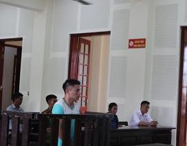 Thanh niên vùng biên mang 12kg ma túy đá bán với giá 160.000 USD