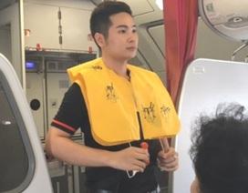 Khách nữ bị phạt 8,5 triệu đồng vì trộm áo phao trên máy bay