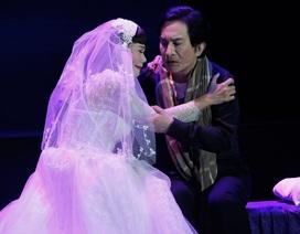 Khán giả khóc trước đám cưới cảm động của Kim Tử Long - Ngọc Huyền trên sân khấu