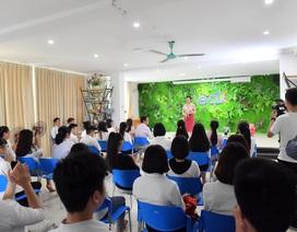 Một ngày trở lại làm cô giáo của Nữ hoàng Bùi Thanh Hương tại trường Đại học edX