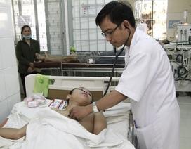 Ba mẹ con nhập viện do ngộ độc thịt cóc