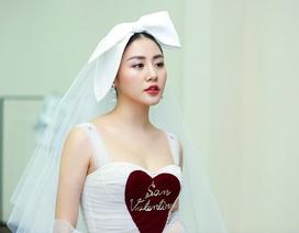 Văn Mai Hương bất ngờ khoe giấy đăng ký kết hôn