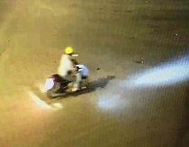 Truy tìm người đàn ông đi xe máy là nghi can sát hại dã man một bảo vệ