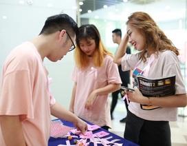 Sinh viên Greenwich hưởng ứng ngày phòng chống ung thư vú