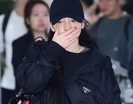 Goo Hara nức nở tại sân bay khi về Hàn tiễn đưa Sulli