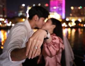 Hot girl Trang Anna được bạn trai cầu hôn lãng mạn đúng dịp sinh nhật