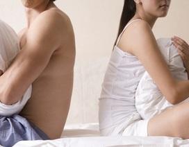 """Ám ảnh bị lạm dụng tình dục, cô gái trẻ lấy chồng 2 năm vẫn sợ """"gần gũi"""""""