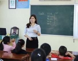 Cô hiệu phó mở lớp dạy kỹ năng sống miễn phí cho học sinh