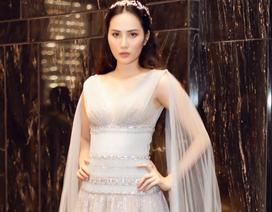 Hoa hậu Diệu Linh đẹp mong manh trong lần xuất hiện hiếm hoi sau khi đăng quang