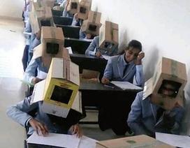 """Ngôi trường Ấn Độ hứng """"bão"""" chỉ trích vì cho sinh viên đội thùng giấy để chống coi cóp"""