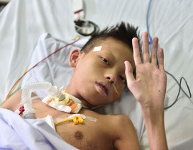 Cậu bé từng bị gia đình in ảnh thờ nói lời tạm biệt tử thần!