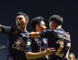 Supachok ghi bàn, đội bóng cũ của Xuân Trường sắp vô địch Thai League