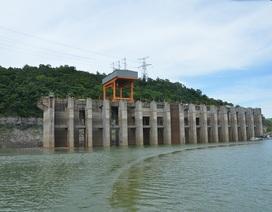 Hồ thủy điện Hòa Bình: Mức nước thấp hơn 10 m so với cùng kỳ, vẫn đảm bảo cấp nước cho hạ du