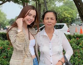 Hoa hậu Huỳnh Vy cùng mẹ khám phá Đài Loan