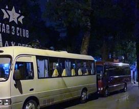Công an Hà Nội đột kích Star 3 Club, gần 200 dân chơi bị đưa về trụ sở