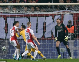 Messi ghi bàn, Barcelona hạ Slavia Praha và vươn lên ngôi đầu bảng