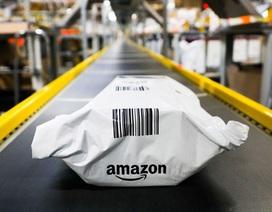 """Amazon dính """"phốt"""" lớn với hàng loạt tố cáo thực phẩm hết hạn"""