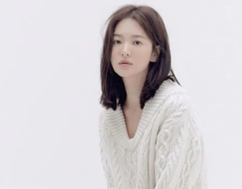 """Song Hye Kyo trang điểm trong veo hút hồn cư dân mạng sau lùm xùm """"nói không giữ lời"""""""