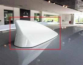 Ăng-ten vây cá mập trên nóc ô tô có công dụng gì?