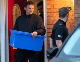 3 nghi phạm vụ 39 thi thể trong thùng xe ở Anh được tại ngoại