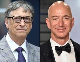 """Gay cấn cuộc đua giành ngôi """"người giàu nhất thế giới"""" giữa ông chủ Amazon và Bill Gates"""