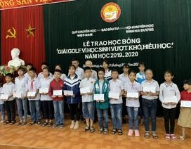 """Hải Dương: 65 học sinh giỏi nhận học bổng giải golf """"Vì học sinh vượt khó, hiếu học"""""""