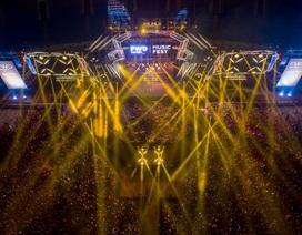Khán giả choáng ngợp trước màn trình diễn laser và pháo hoa đỉnh cao tại FWD Music Fest