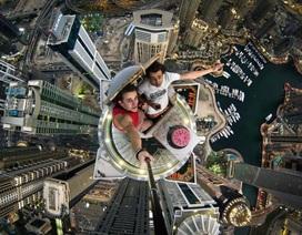 Nữ sinh 16 tuổi ngã từ tầng 17 tòa nhà khi đang selfie