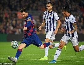 """Messi rực sáng, Barcelona đại thắng """"5 sao"""" và trở lại ngôi đầu La Liga"""