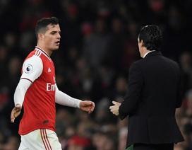 Đang gặp khủng hoảng, Arsenal lấy gì để chống lại Liverpool?
