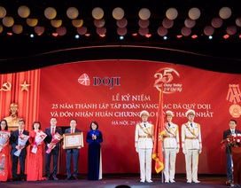 Tập đoàn DOJI nhận Huân chương Lao động hạng Nhất