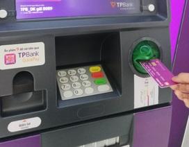 Sớm chuyển đổi sang thẻ chip để không mất tiền khi sử dụng thẻ ATM
