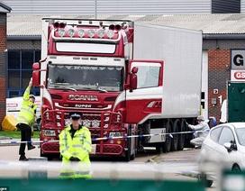 Lời kể của phóng viên Anh đầu tiên có mặt tại hiện trường vụ 39 thi thể trong xe tải