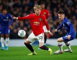 Bốc thăm tứ kết League Cup: Man Utd, Man City gặp đối thủ yếu