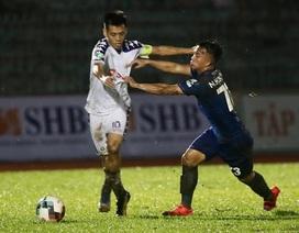 """Chuyện của Văn Quyết và chiêu """"khích tướng"""" của giới bóng đá Thái Lan"""