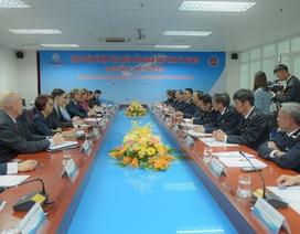 """Tổng cục Hải quan: Hàng hóa Trung Quốc """"đội lốt"""" thương hiệu Việt để xuất khẩu"""
