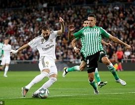 Hòa thất vọng Betis, Real Madrid lỡ cơ hội soán ngôi Barcelona