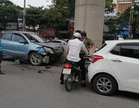 Xác định danh tính tài xế ô tô nghi ngủ gật đâm hàng loạt xe trên phố
