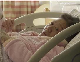 Hy hữu: Người phụ nữ Trung Quốc sinh con ở… tuổi 67