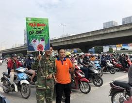 """Hàng trăm giảng viên, sinh viên xuống đường """"Vì Hà Nội trong lành"""""""
