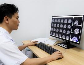 Chuyên gia chỉ dẫn 8 dấu hiệu cảnh báo u não nguy hiểm