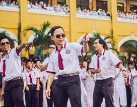 Thầy cô nhảy Flashmob tặng học sinh ngày đầu tuần