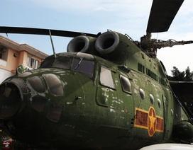 Cận cảnh trực thăng khổng lồ huyền thoại của Không quân Việt Nam