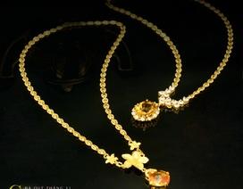 Tháng 11 đeo trang sức gắn đá Citrine sắc vàng, ngập tràn may mắn