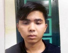"""Hà Nội: Cô gái trẻ bị phượt thủ dọa tung ảnh """"nóng"""" để cưỡng dâm"""