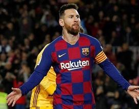 Sút phạt tuyệt đỉnh, Messi cân bằng kỷ lục của C.Ronaldo