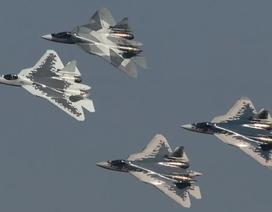 """Nga công bố video lắp ráp """"bóng ma bầu trời"""" Su-57"""
