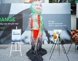 """Sửng sốt những tác phẩm nghệ thuật làm từ """"rác thải"""" ở Hà Nội"""