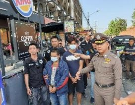 Hai người Việt bị bắt vì móc túi du khách ở nước ngoài